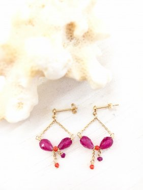 <img class='new_mark_img1' src='//img.shop-pro.jp/img/new/icons14.gif' style='border:none;display:inline;margin:0px;padding:0px;width:auto;' />red coral & ruby petit chandelier pierce(イヤリング変更可能)