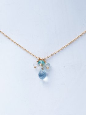 <img class='new_mark_img1' src='//img.shop-pro.jp/img/new/icons14.gif' style='border:none;display:inline;margin:0px;padding:0px;width:auto;' />K18 birthdaystone necklace 〜3月aquamarine〜