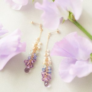 white coral × wisteria pierce(イヤリング取替可能)