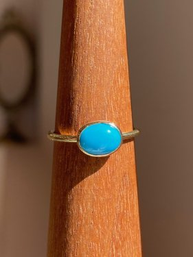 K18 sleeping beauty  turquoise oval ring (B)
