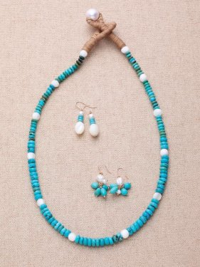 <img class='new_mark_img1' src='//img.shop-pro.jp/img/new/icons47.gif' style='border:none;display:inline;margin:0px;padding:0px;width:auto;' />turquoise & shell & pearl necklace