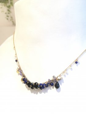 <img class='new_mark_img1' src='//img.shop-pro.jp/img/new/icons14.gif' style='border:none;display:inline;margin:0px;padding:0px;width:auto;' />lapis lazuli necklace 〜夜の散歩道〜