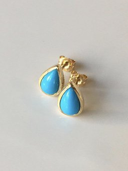 K18 sleeping beauty  turquoise  drop studs pierce