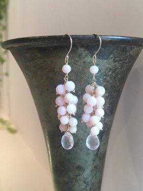 pink opal fringe pierce(L) (イヤリング取替可能)