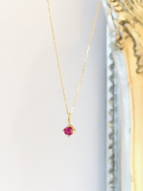 K18 ruby pendant top (4mm )