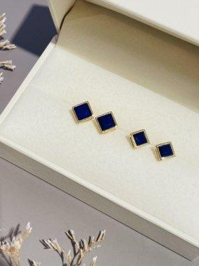 K18  CUBE pierce(lapis lazuli )
