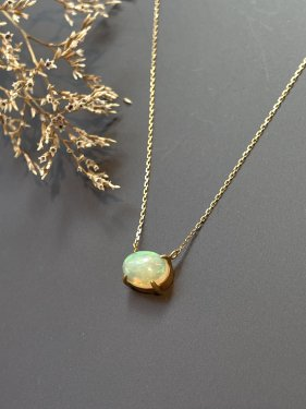 <img class='new_mark_img1' src='https://img.shop-pro.jp/img/new/icons14.gif' style='border:none;display:inline;margin:0px;padding:0px;width:auto;' />K18 opal necklace(S)