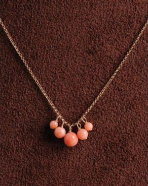 pink coral necklace (5粒)
