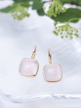 <img class='new_mark_img1' src='//img.shop-pro.jp/img/new/icons14.gif' style='border:none;display:inline;margin:0px;padding:0px;width:auto;' />tova pierced earrings 〜rose quartz〜