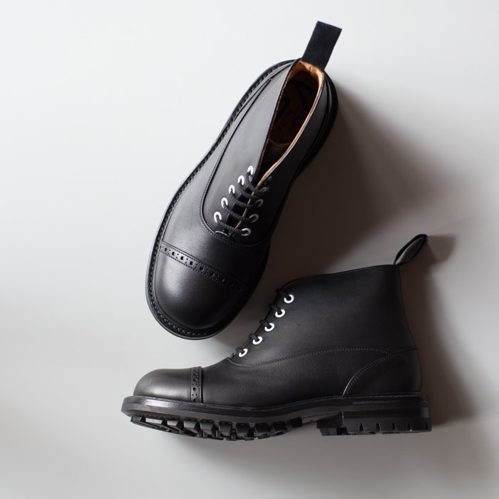 Quilp Shoes / M7625 Oxford Boot / Black MC x Grey(Tongue)