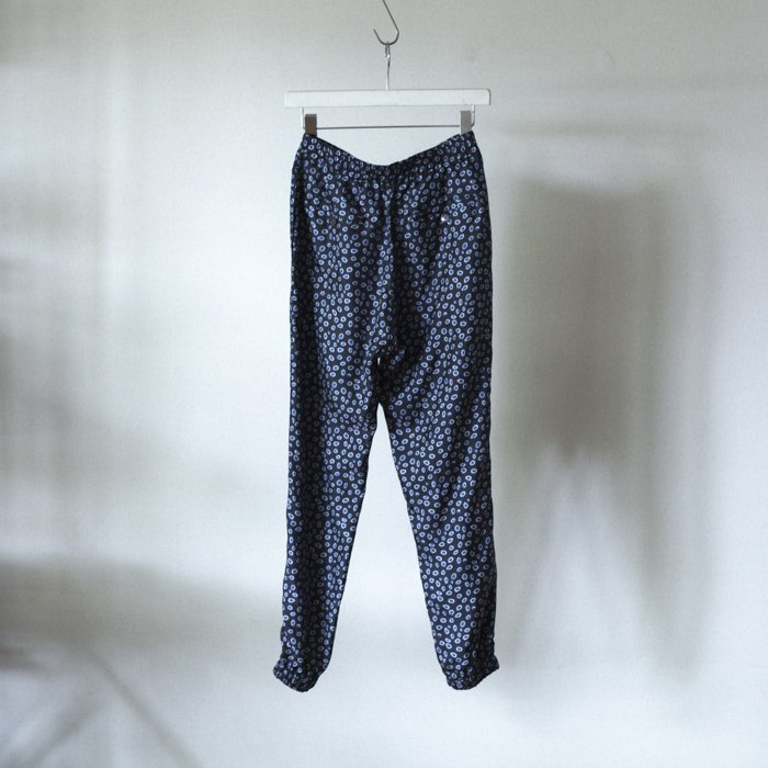 BANANATIME / JOGGING PANT / WATERDOTS