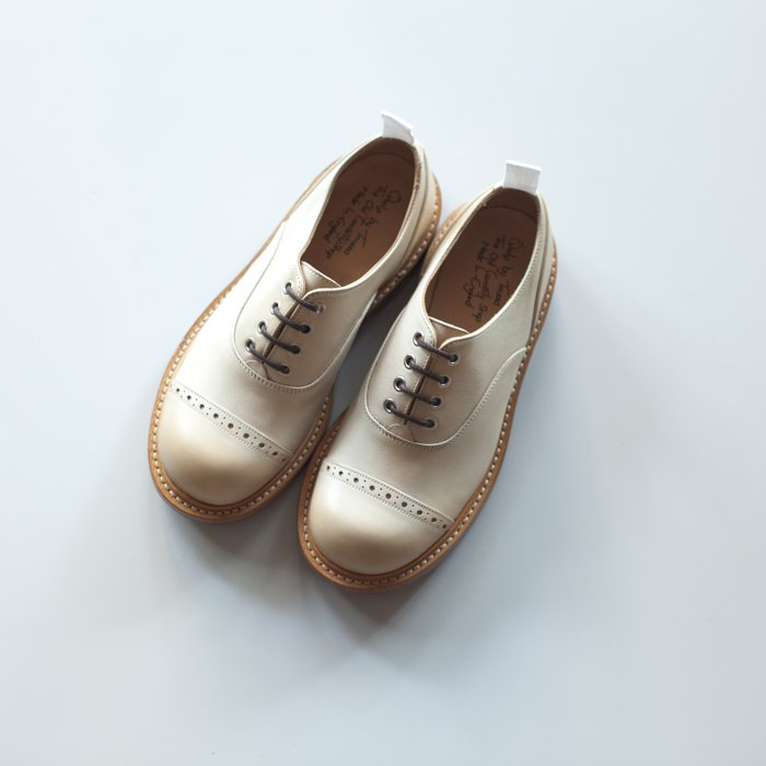 M7401 Oxford Shoe / Off White Funchal / UK7.5 in stock