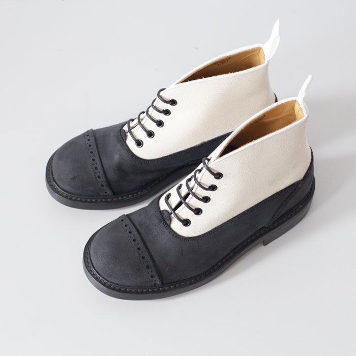 Quilp Shoes / M7625 Oxford  Boot / Black  x  Canvas  , 2 Tone