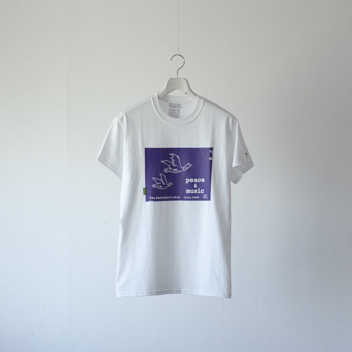 bitter Brown / The Swiveller's shop poster Tee / Cowchan Geese / WHITE x PURPLE