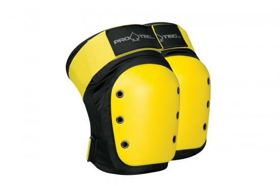<img class='new_mark_img1' src='https://img.shop-pro.jp/img/new/icons52.gif' style='border:none;display:inline;margin:0px;padding:0px;width:auto;' />PRO-TEC RENTAL GEAR KNEE PADS