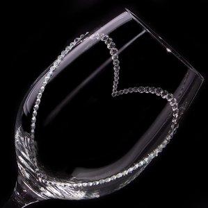 【白ワイングラス オープンハート】 結婚祝い 誕生日 プレゼント ギフト スワロフスキー デコグラス