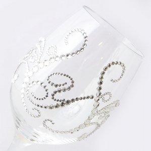 【白ワイングラス ティアラ&イニシャル 筆記体】 結婚祝い 誕生日 プレゼント ギフト スワロフスキー デコグラス