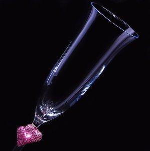 【シャンパングラス ペアハート ローズ】高級ギフトボックス付き  結婚祝い 誕生日 プレゼント ギフト スワロフスキー デコグラス