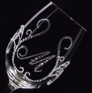 【赤ワイングラス ティアラ&イニシャル】 結婚祝い 誕生日 プレゼント ギフト スワロフスキー デコグラス