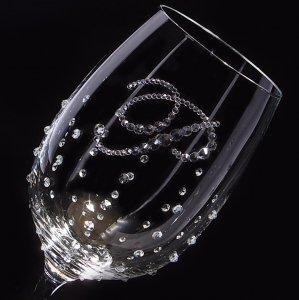 【赤ワイングラス イニシャル×ドット クリスタル】 結婚祝い 誕生日 プレゼント ギフト スワロフスキー デコグラス