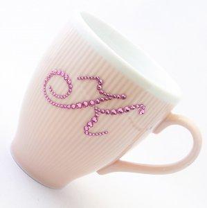 【マグカップ イニシャル  ピンク】 結婚祝い 誕生日 プレゼント ギフト スワロフスキー デコグラス