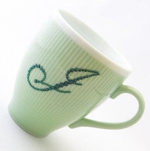 【マグカップ イニシャル  グリーン】 結婚祝い 誕生日 プレゼント ギフト スワロフスキー デコグラス