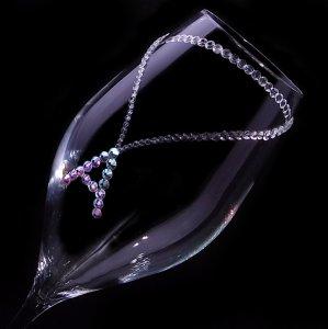 【シャンパングラス イニシャルネックレス】結婚祝い 誕生日 プレゼント ギフト スワロフスキー デコグラス