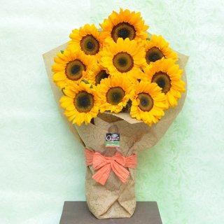 夏の人気商品!オーガニックフラワー北海道契約農場産ひまわりの花束