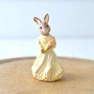 ROYAL DOULTON /ロイヤルドルトンバニキン<br> BRAIDESMAID BUNNYKINS DB173