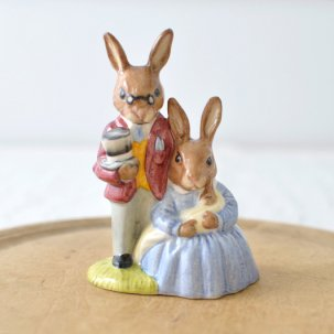 ROYAL DOULTON /ロイヤルドルトンバニキン<br> FATHER,MOTHER&VICTORIA BUNNYKINS DB68