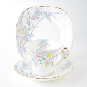 ビンテージトリオ<br>J.H.COPE&CO. WELLINGTON CHINA<img class='new_mark_img2' src='https://img.shop-pro.jp/img/new/icons14.gif' style='border:none;display:inline;margin:0px;padding:0px;width:auto;' />