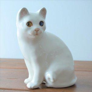 WINSTANLEY CAT ( ウインスタンリーキャット)<br>見る人を追っかけるオッドアイの白猫  SNOWY(スノーウィー)<img class='new_mark_img2' src='https://img.shop-pro.jp/img/new/icons14.gif' style='border:none;display:inline;margin:0px;padding:0px;width:auto;' />