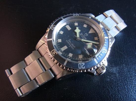 superior quality de725 a05a2 TUDOR チュードル サブマリーナ 9411/0 76年製 - 腕時計 通販 虎 ...