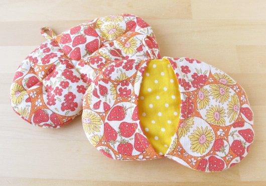 キッチンミトン*綿麻素材のイチゴや花のシャボン玉(オレンジ):レギュラー生地