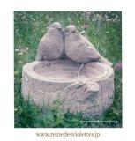バードフィーダー イギリス 石材 ガーデンオーナメント オブジェ 餌台 2匹 小鳥