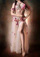 ベリーダンス衣装 アイボリー×フラワー Designed by HOYDA