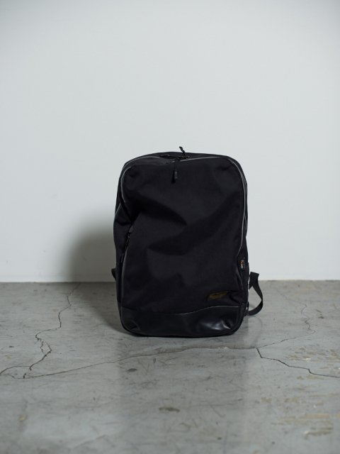 <img class='new_mark_img1' src='//img.shop-pro.jp/img/new/icons1.gif' style='border:none;display:inline;margin:0px;padding:0px;width:auto;' />marka×OUTDOOR PRODUCTS BACK PACK HIKER:BLACK【 marka 2017SS 】