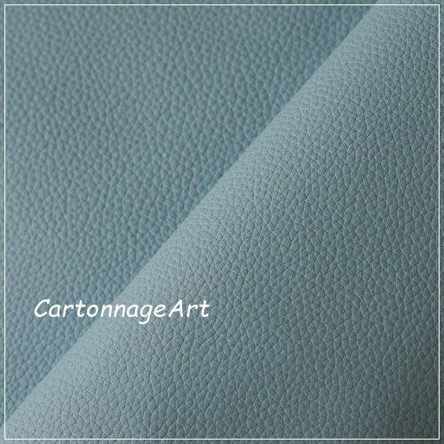 Thinage Leather ペールブルーシュリンク