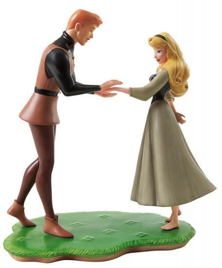 Disney BRIAR ROSE from Sleeping Beauty Precious Moments Doll
