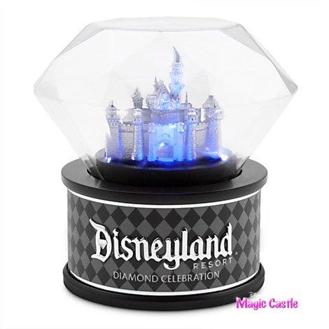 ディズニーランド ダイヤモンドセレブレーション 眠りの森の美女の城 ライトアップミニチュアフィギュア