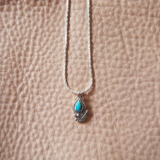 Fortune Leaf  Turquoise Necklace