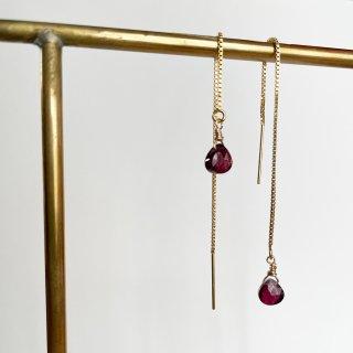 Color stone American earrings Garnet