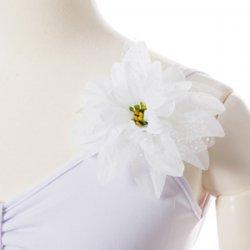 ホワイト ロングステージ衣装(袖付き)L コサージュ付きの後ろからの写真