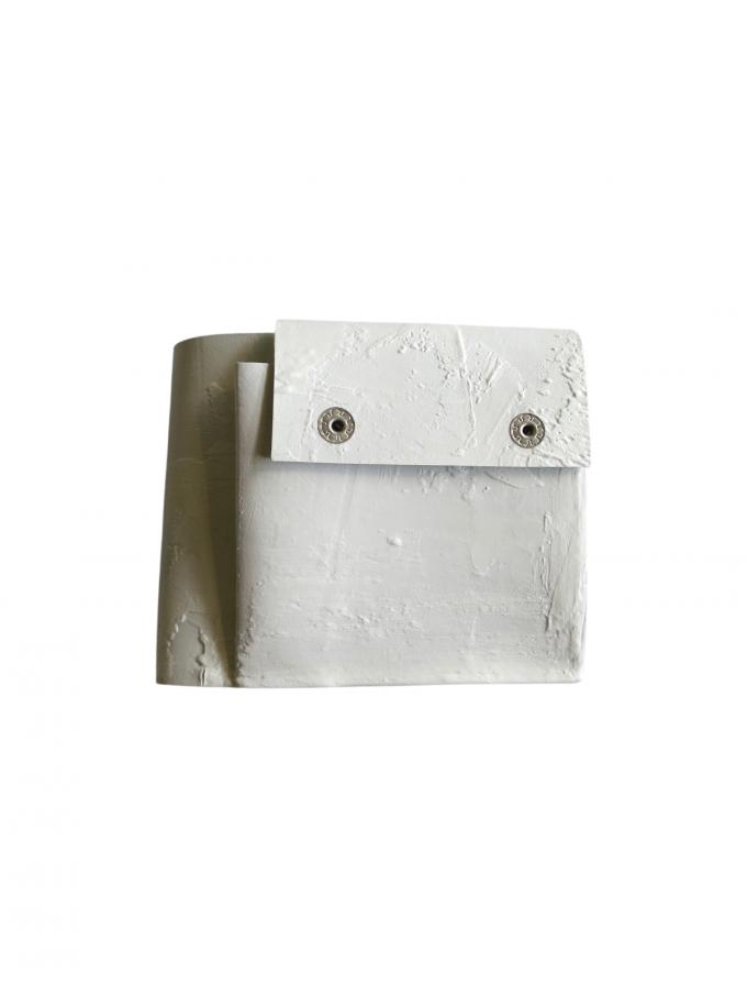『kagari yusuke』2つ折り財布 (ホワイト)