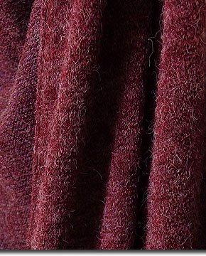 オシャレでクールでカッコいい!軽量なニット素材でサッと羽織れて便利なフード付きロングベスト!