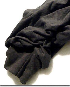 ルーズな変形シルエットにフェイクポケット、裾プリーツ加工が特徴的なサロン系サルエルパンツ!