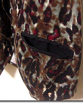 サロン系ロックスタイルにオススメ!ラグジュアリーなヒョウ柄パターンのフード付きトグルボタンベスト!