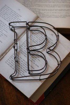 """wire sign""""B"""""""