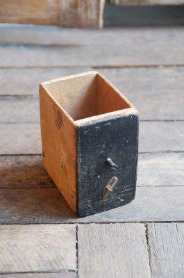 ビンテージペイントウッドボックス(鉄杭-ブラック)