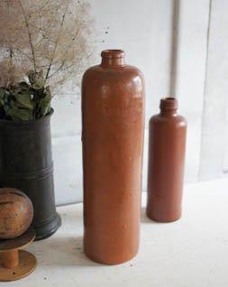 アンティーク 陶器ボトル.d